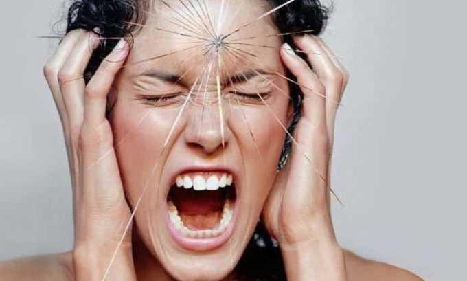 При высоких показателях тироксина и трийодтиронина женщина становится раздражительной