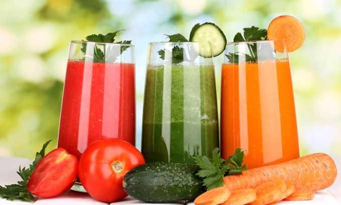 При гипофункции щитовидной железы рекомендуются такие средства народной медицины, как овощные соки собственного приготовления
