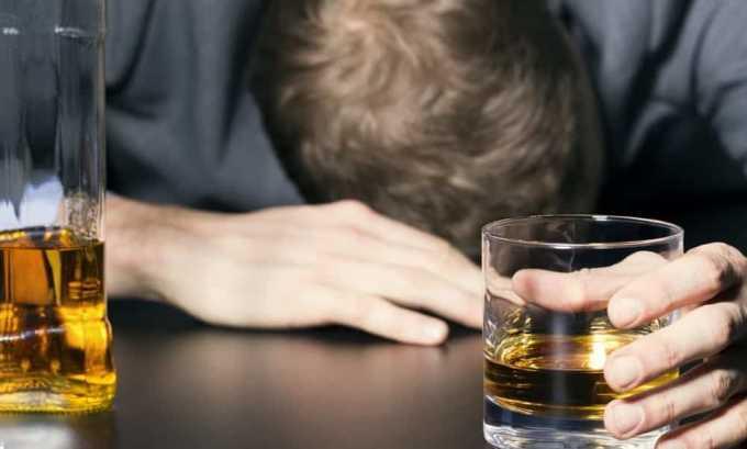 В течение 2 дней до сдачи анализов нельзя принимать алкогольные напитки
