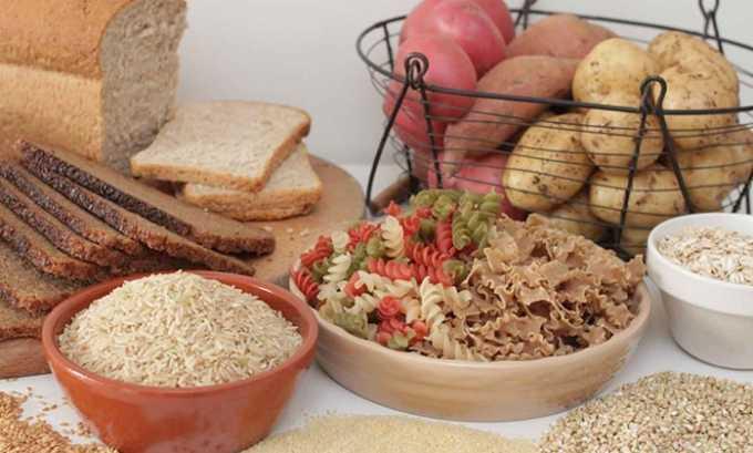 В приоритете овощные и рыбные блюда, полезны злаковые углеводы, поэтому употребляют хлеб, макаронные изделия и крупы