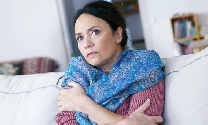 Больной при развития болезни часто чувствует озноб