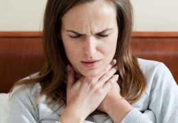 Причины боли в области щитовидной железы
