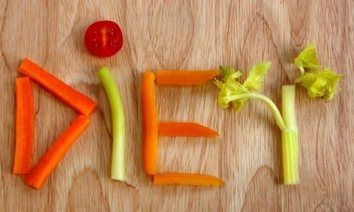Специальной лечебной диеты для пациентов с гипертиреозом не существует. Однако больным рекомендуется придерживаться некоторых правил питания, способствующих улучшению общего состояния