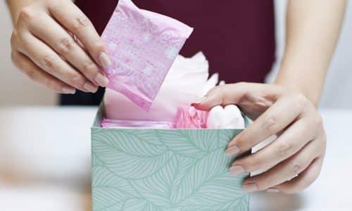 У женщин дополнительно проявляются обильные и длительные менструальные выделения
