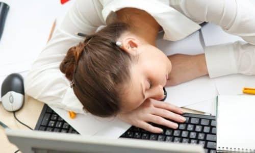 Развивается гипофункция медленно и долгое время ее признаки воспринимаются как следствие переутомления или иных болезней