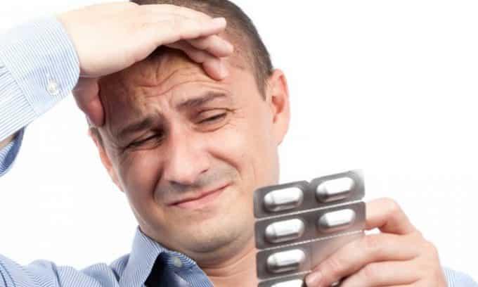 Длительное употребление лекарственных препаратов может спровоцировать развитие болезни