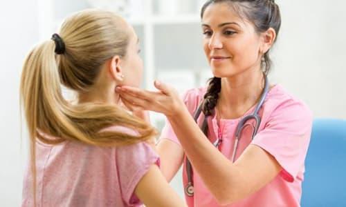Второй пик активности отмечается в 12-15 лет, но у некоторых юношей и девушек происходит раннее половое созревание, и симптомы гипотиреоза могут проявиться и в 10 лет