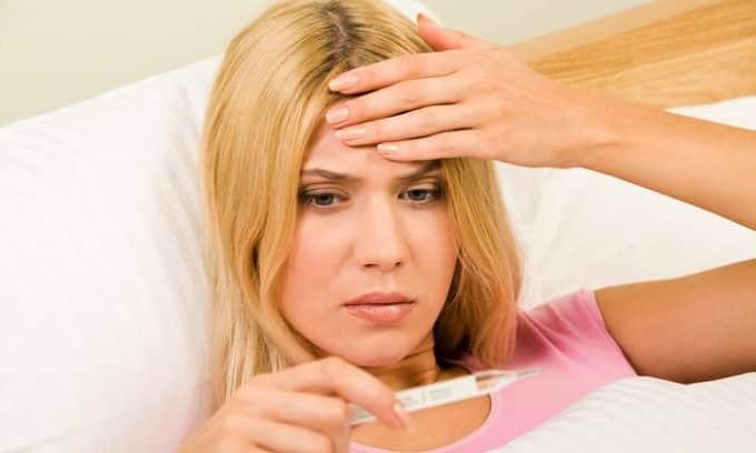 У женщин, которые имеют щитовидную железу размером меньше нормы, часто наблюдается понижение температуры тела