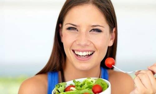 При аутоиммунном поражении щитовидной железы питание должно быть дробным, через каждые 3 часа, но небольшими порциями