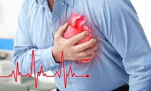 Патологии эндокринного органа не только сопровождаются кашлем, но и сердечной недостаточностью